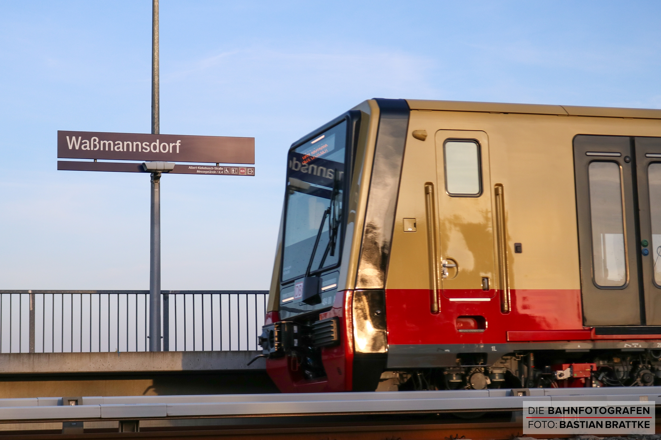 https://diebahnfotografen.de/wp-content/uploads/2020/06/483-002-484-003-Wa%C3%9Fmannsdorf.jpg